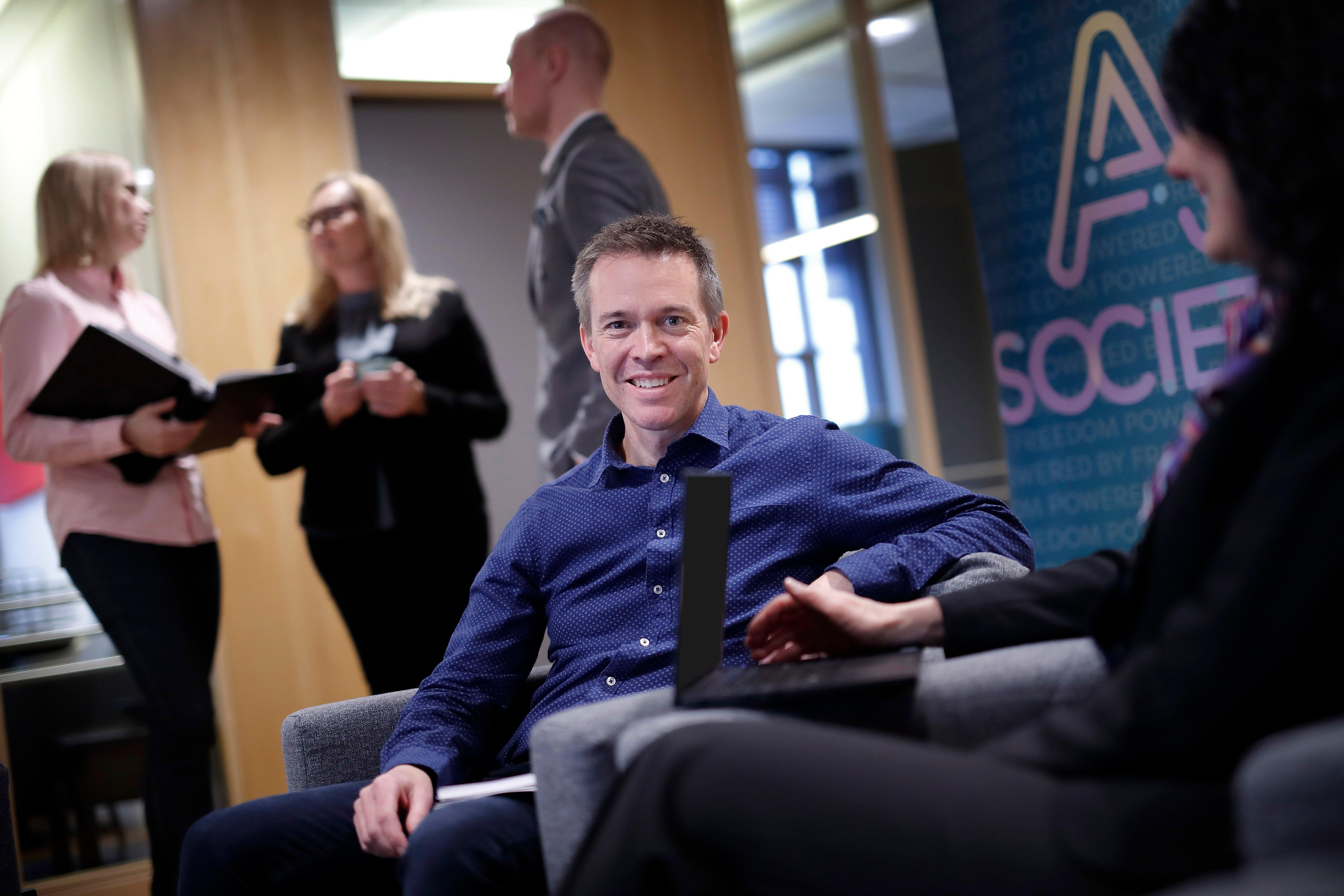 Marcus Ekbäck Business Manager syn på värderingar A Society