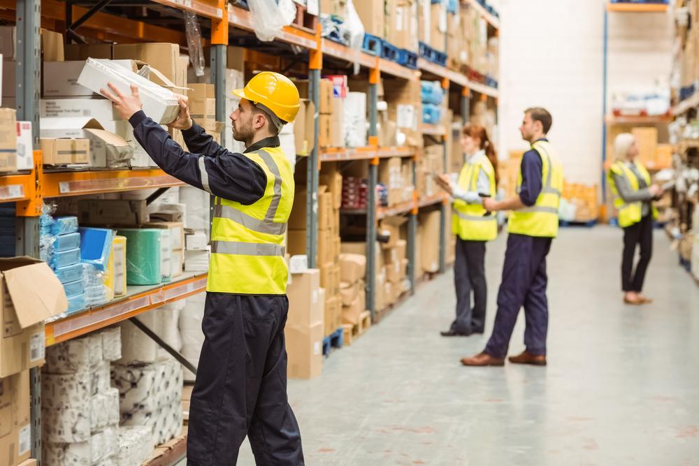 Lagerarbetare-varudistribuering-konsulter-A-Society
